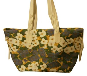 Dooney & Bourke Tote in Blue and white flowers