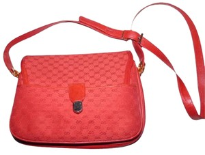 Gucci Early Gold Hardware Has Fobs Envelope Top Red Small G Logo Cross Body Bag