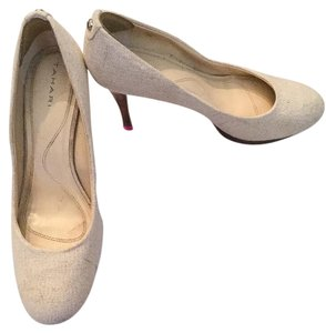 Tahari Linen Wood White with flecks of gold Pumps