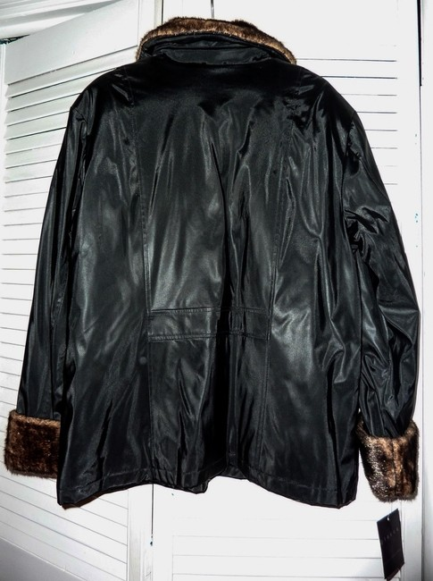 Glacca from the Gallery company Coat