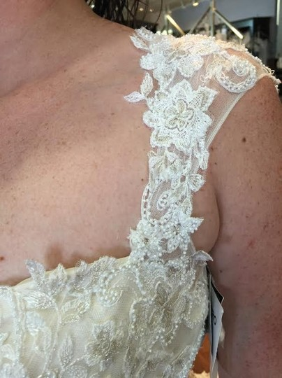 Maggie Sottero Ivory Gold Lace Collins Formal Wedding Dress Size 6 (S)