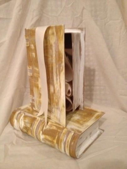 Gray Yellow Tan Set Of 2 Paper Mache Book Boxes Reception Decoration