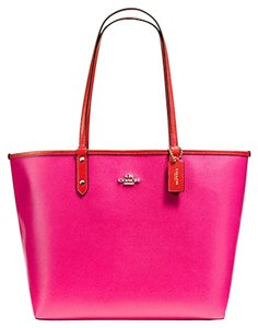 Coach Travel Oversized Large Multifunction Tote in Pink