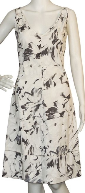 Item - White / Gray Above Knee Work/Office Dress Size 6 (S)