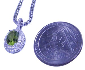 Peridot Dazzling Oval shape Starburst cut Peridot Simulant Pendant 4 CT Natural Precious Stone CZ in Halo Setting Sterling Silver