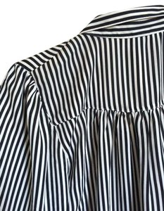 H&M Striped Casual Longsleeve Button Down Shirt Black and White