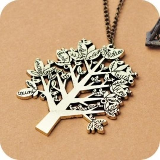 Other Europe Vintage Palace Bird Christmas Tree Letters Chain Pendant Necklace.