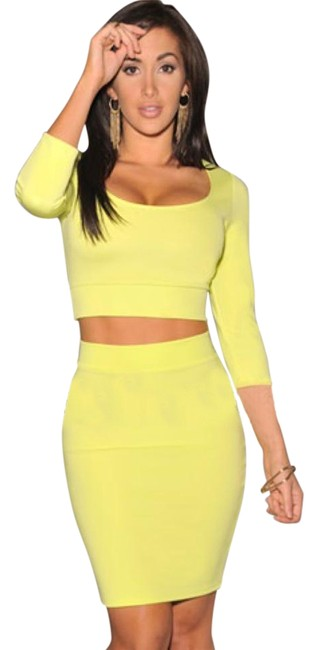 Item - Neon Lime 3/4 Sleeves Two Piece Set Above Knee Night Out Dress Size 4 (S)