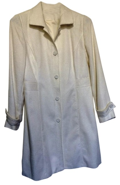 Preload https://item4.tradesy.com/images/hillard-and-hanson-cream-sparkly-white-lightweight-trench-coat-size-8-m-1734928-0-0.jpg?width=400&height=650
