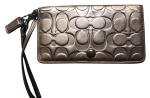 Coach Wallet Wristlet in Gold