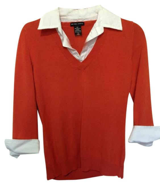 Preload https://item3.tradesy.com/images/new-york-and-company-orange-with-white-detail-classic-blouse-combo-sweaterpullover-size-6-s-1735082-0-0.jpg?width=400&height=650