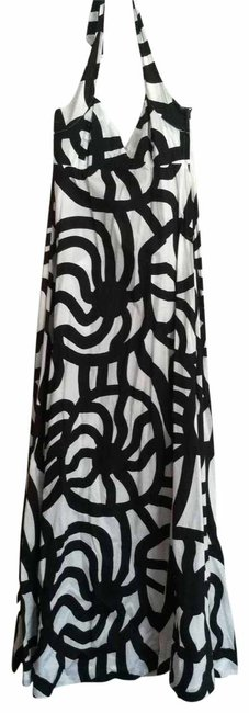 Preload https://item3.tradesy.com/images/h-and-m-black-and-white-long-casual-maxi-dress-size-4-s-17352-0-0.jpg?width=400&height=650