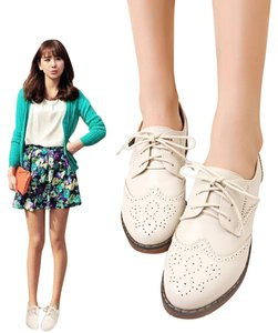 Fossil Oxford Leather white Flats