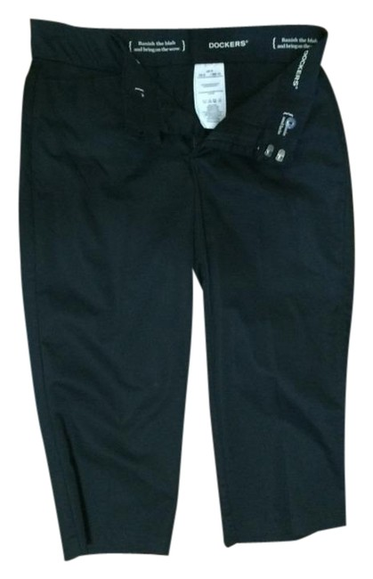 Preload https://item2.tradesy.com/images/dockers-black-pants-capris-size-8-m-29-30-1735496-0-0.jpg?width=400&height=650