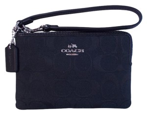 Coach F64375 12cm Wristlet in Black