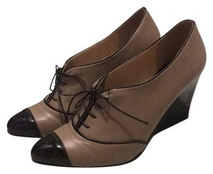 Neuaura Beige and black Wedges