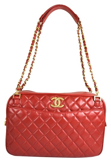 Preload https://item1.tradesy.com/images/chanel-camera-leather-quilted-shoulder-bag-red-1736350-0-0.jpg?width=440&height=440
