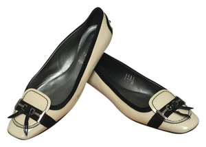 Tod's Black and Flats