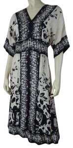 Black, Beige Maxi Dress by Lynn Ritchie Silver Silk Floral Pullover Small Lined