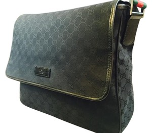 Gucci Leather Cross-body Black Messenger Bag