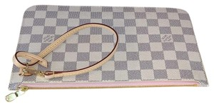 Louis Vuitton Rose Ballerine Neverfull Speedy Chanel Goyard Clutch