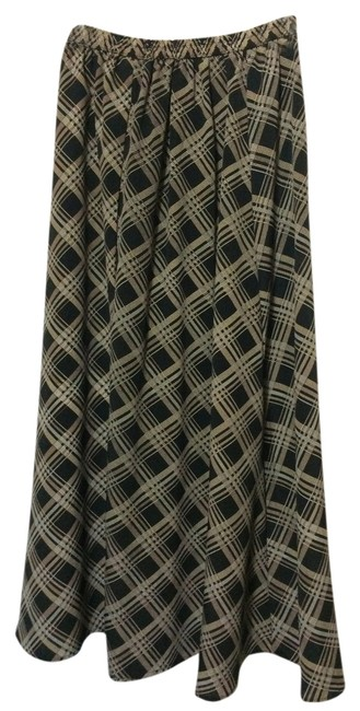 Preload https://item3.tradesy.com/images/black-plaid-elastic-maxi-skirt-size-8-m-29-30-1736712-0-0.jpg?width=400&height=650