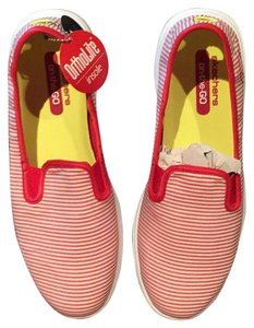Skechers Preppy Go Sleek Stripe Pet And Smoke Free Lightweight Red/White Athletic