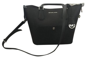 Michael Kors Purse Cross Body Bag