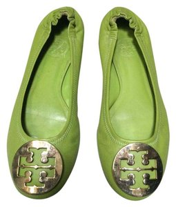 5f894cbe2a63 Women s Green Tory Burch Shoes - Up to 90% off at Tradesy