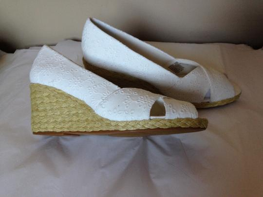 Chaps White Wedges