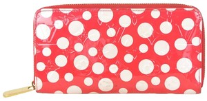 Louis Vuitton Limited Edition Yayoi Kusama Red Vernis Monogram Dots Infinity