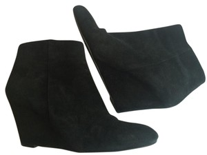Via Spiga Versatile Comfortable Black Boots