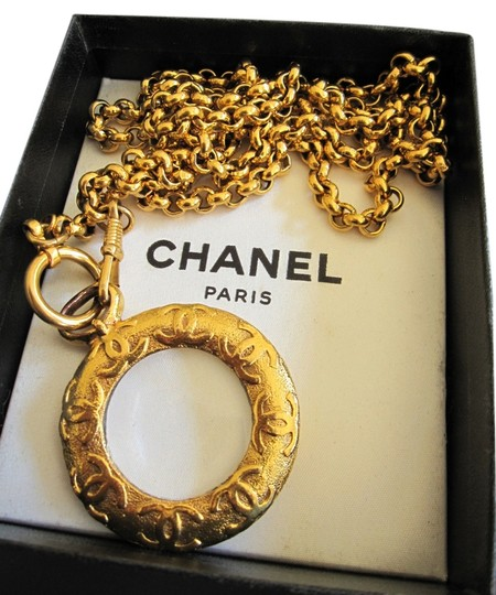Chanel AUTH. CHANEL TWO WAY NECKLACE WITH MEGINFY GLASS
