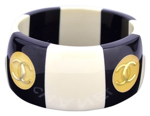 Chanel Authentic Very Rare Vintage Chanel Bangle in Black and White Excellent Like New Condition