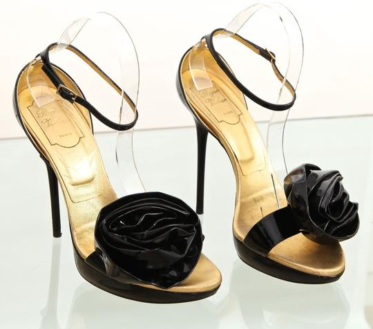 Roger Vivier Black, Gold Platforms