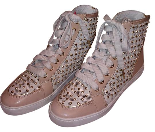 Preload https://item5.tradesy.com/images/michael-kors-new-studded-high-top-leather-sneakers-sneakers-size-us-75-regular-m-b-1738064-0-0.jpg?width=440&height=440