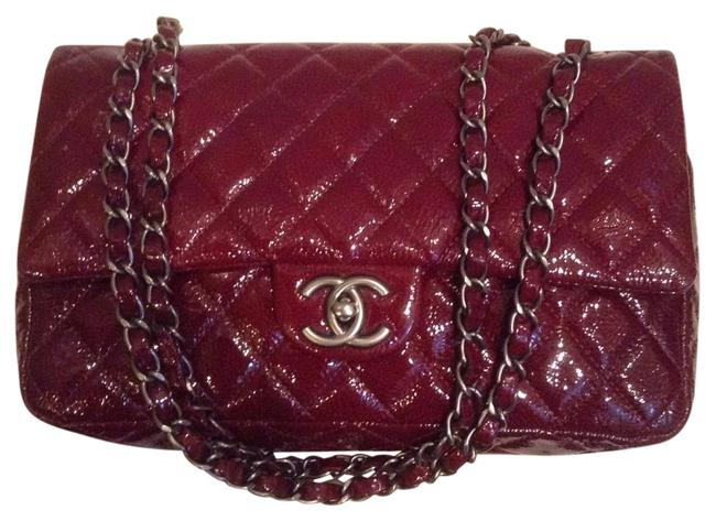 Item - 2.55 Reissue Double Flap L Classic Quilted Medium M/L A39336 Burgundy Red Patent Leather Shoulder Bag