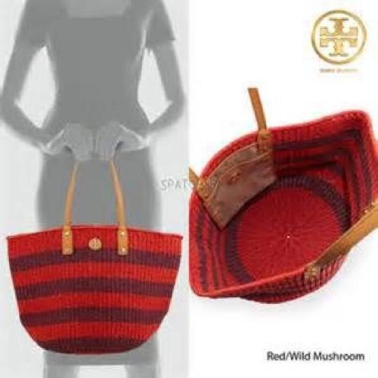 Tory Burch Straw Shoulder Tote in Red/Wild Mushroom