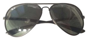 Ray-Ban Ray Ban Black Matte Medium Aviators