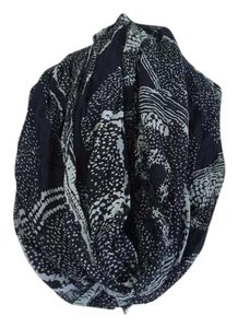 American Eagle Outfitters Late Spring/Summer Infinity Scarf
