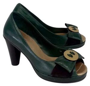 Joy Chen Pine Green Leather Gold Button Bow Heels Pumps