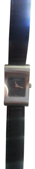 Gucci Gucci 2300 L Used Womens Watch