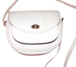 Gucci Classic Style Gold Hardware But Roomy Cross Body Bag