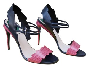 Fendi Heels Heels Strappy Pink/Black Pumps