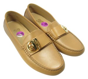 Salvatore Ferragamo Driving Loafers Gold Hardware honey/ sand Flats
