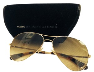 05180c84fe2 Marc Jacobs Sunglasses - Up to 70% off at Tradesy