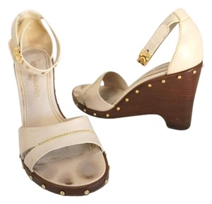 Louis Vuitton Size 8.5 Lv Studded Summer Off White Wedges