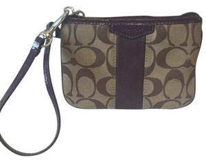 Coach Wristlet in Brown And Violet