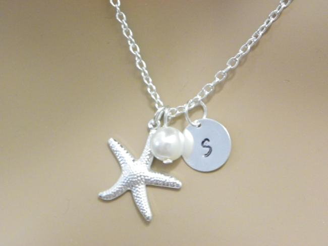 Item - White Cream Sterling Silver Chain Starfish Necklace