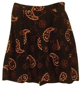 Grace Essentials Skirt Black and Pink